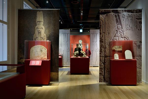 Rijksmuseum van Oudheden koninginnen van de nijl Kloosterboer tentoonstellingsbouw interieurbouw